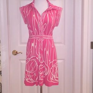 BCBG Dresses - BCBG Like new Sz M Pink & White dress